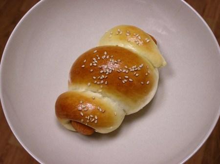 腸仔飽 (Sausage buns)